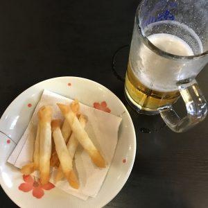 ビールとポテトフライ